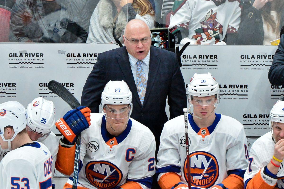 NHL: New York Islanders at Arizona Coyotes
