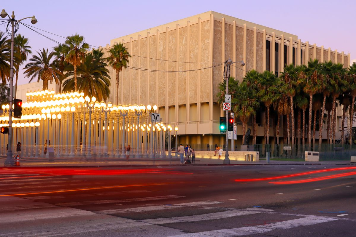 The museum in the background with Wilshire Boulevard in the fore.