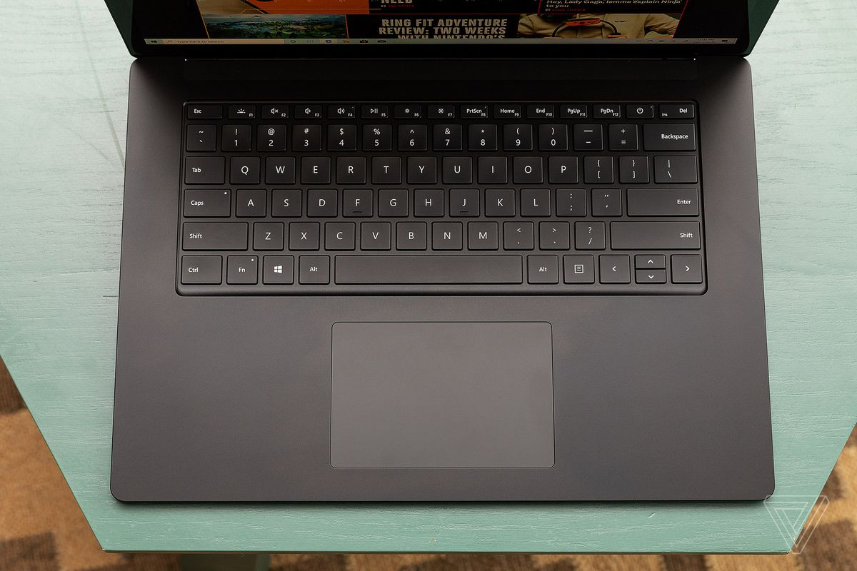 akrales 191017 3723 0097 - بررسی سطح 15 لپ تاپ مایکروسافت Surface Laptop 3: این یک لپ تاپ Surface بزرگتر است   -  ایگر لپ تاپ استوک