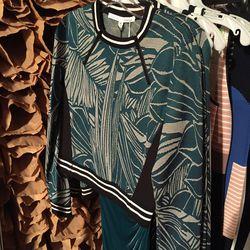 Veronica Beard pullover crop top, $127.50 (from $425)