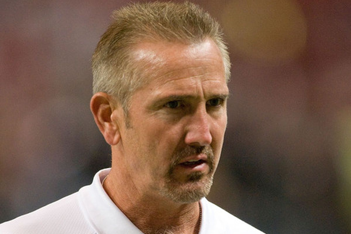 Steve Spagnuolo would be an ideal replacement for the defensive backs coaching job.