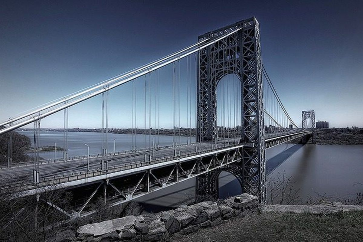 """<a href=""""https://www.flickr.com/photos/asf73/17081096368/in/pool-curbed"""">Photo by aebex.ny</a>"""