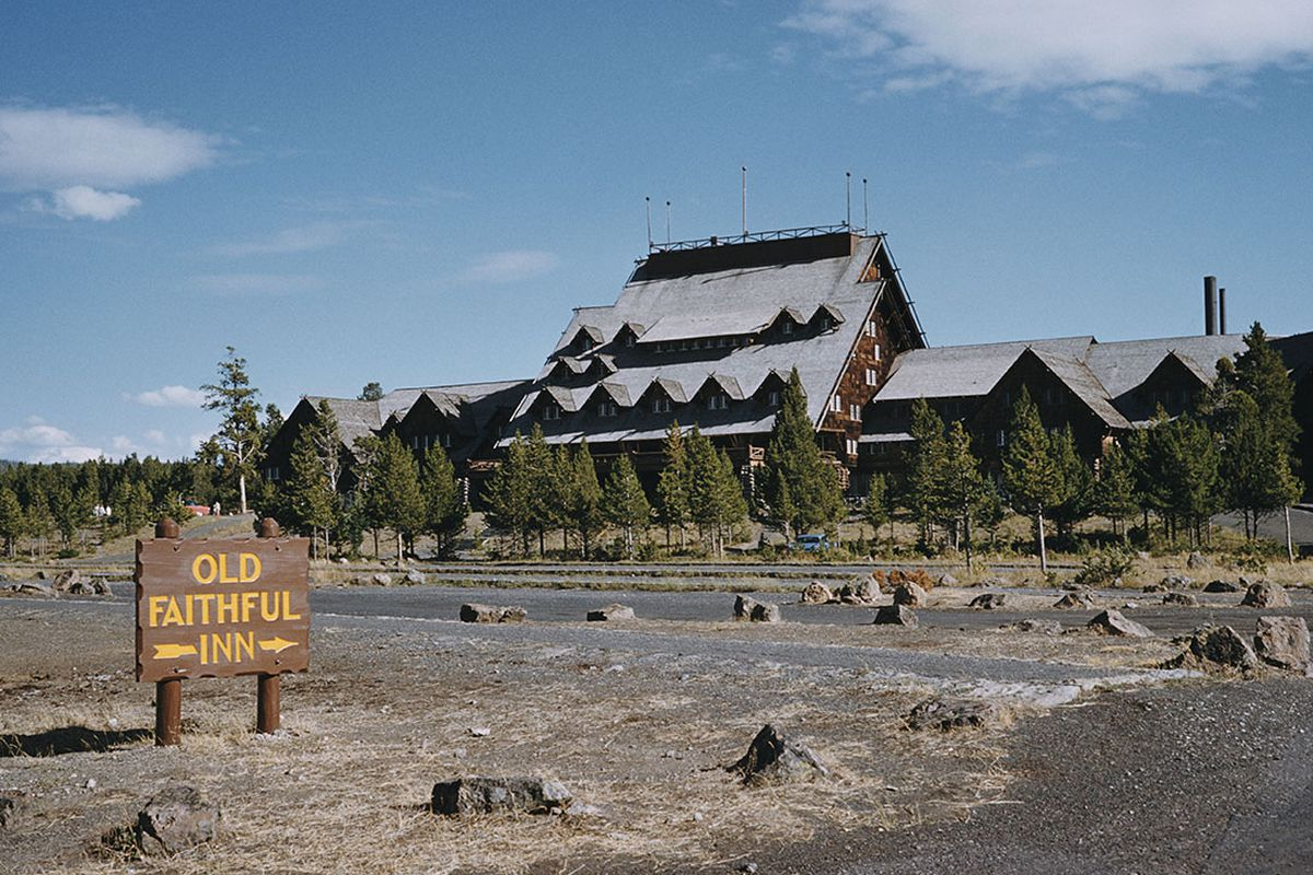 Yellowstone S Old Faithful Inn 1965 Emil Muench Archive Photos Getty Images