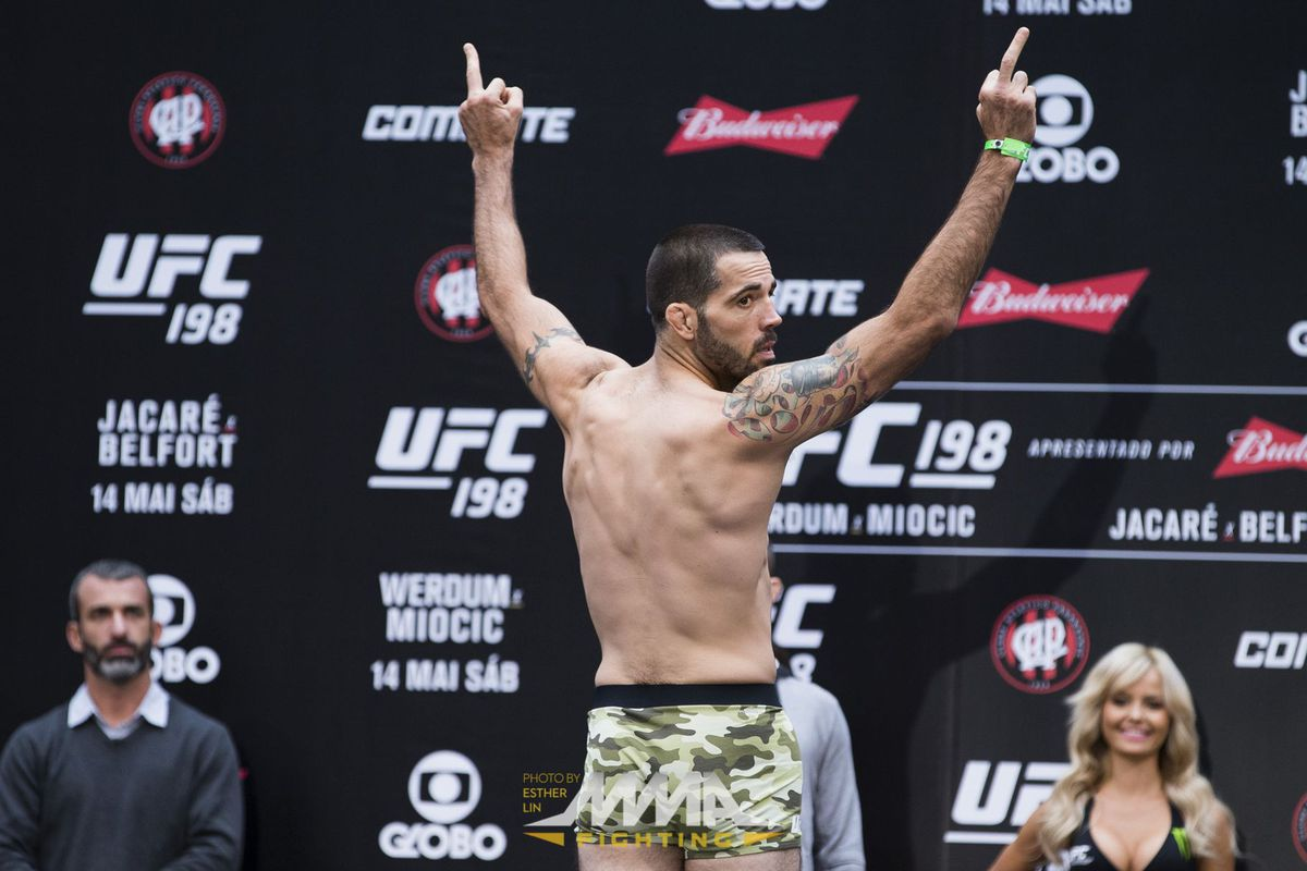 Matt Brown turns his back on and flips off the crowd in Curitiba Brazil at UFC 198.