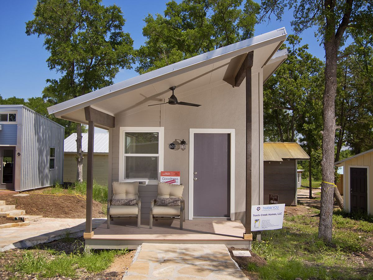 10 tiny house villages for the homeless across the u s for Small new build homes
