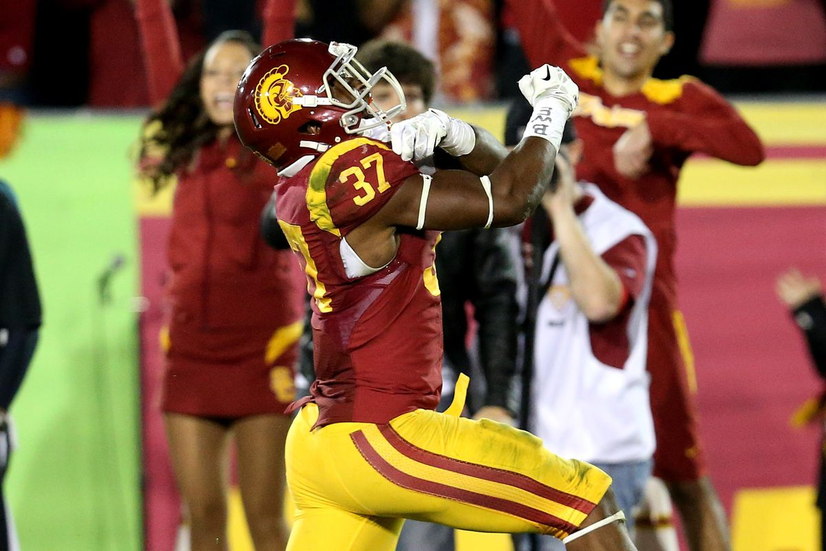 """Javorius """"Buck"""" Allen must carry the load in Las Vegas, but will USC show up on the field?"""