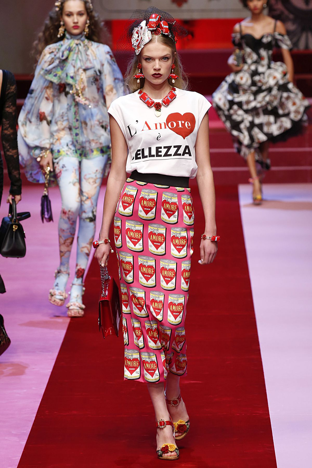 c385d721cb Dolce   Gabbana s Fashion Show Was Inspired by Everything in Your ...