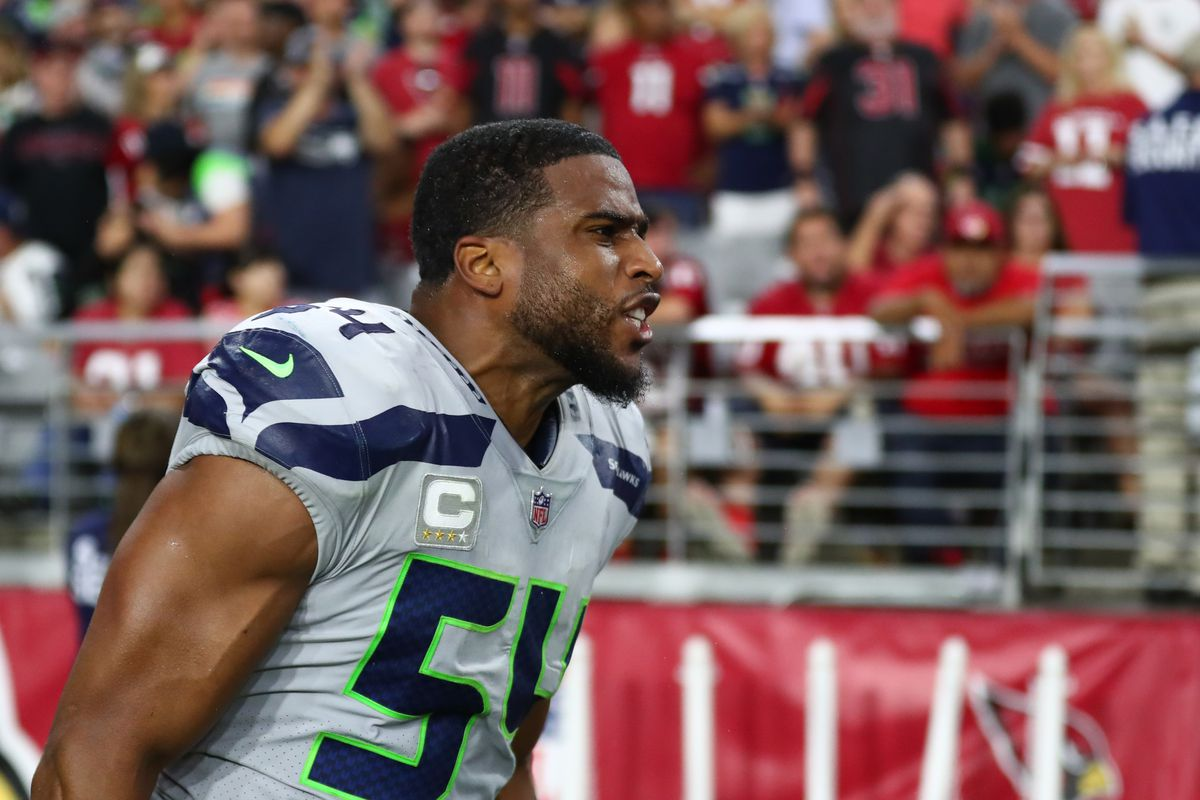 Breakdown of Seahawks LB Bobby Wagner and his patience for the ball
