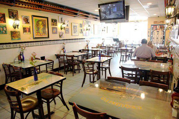 Miami S 12 Essential Cuban Restaurants Eater Miami