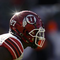 The sun shines on Utah running back Elvis Vakapuna (27) as he waits for a play to start during the first half of an NCAA college football game against San Diego State Saturday, Sept. 18, 2021, in Carson, Calif.