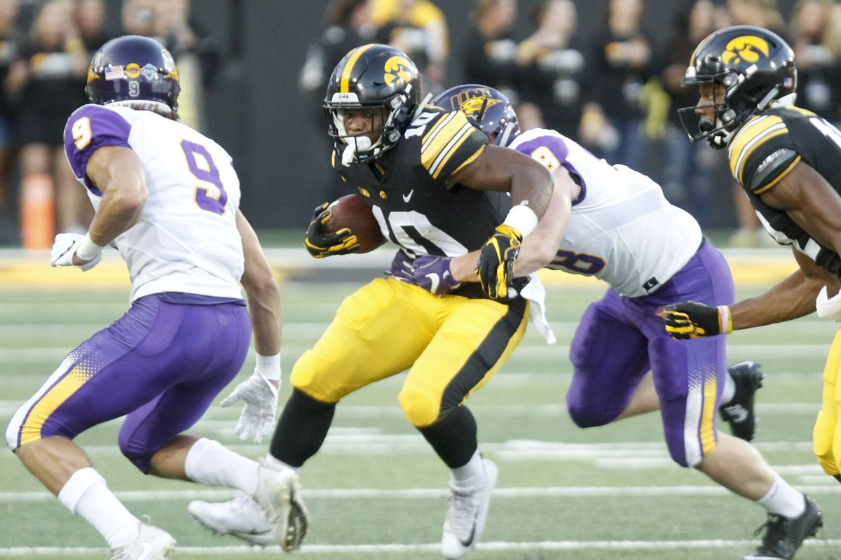 IOWA FOOTBALL RELEASES DEPTH CHART FOR WISCONSIN GAME ...