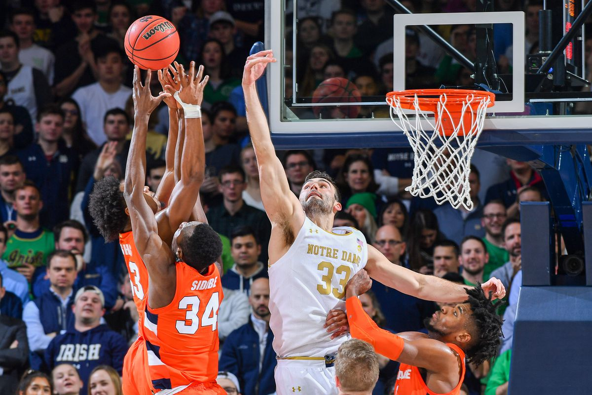 Recap Notre Dame Men S Basketball Loses A Close One To