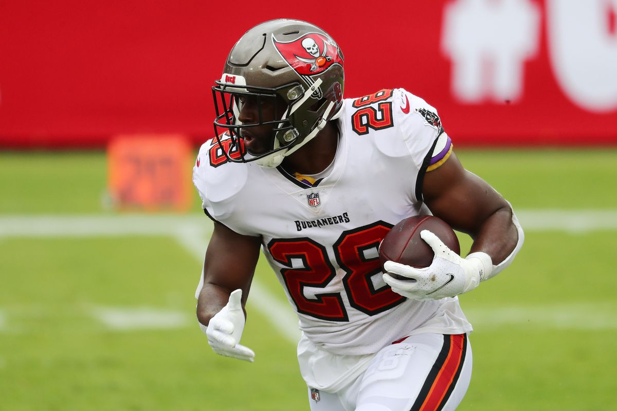 Buccaneers Rb Depth Chart Fantasy Football Leonard Fournette Possibly Passes Ronald Jones Draftkings Nation