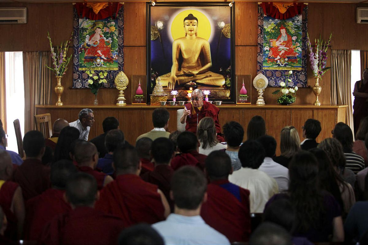 Dalai Lama plans to visit Kentucky in May to bless Buddhist