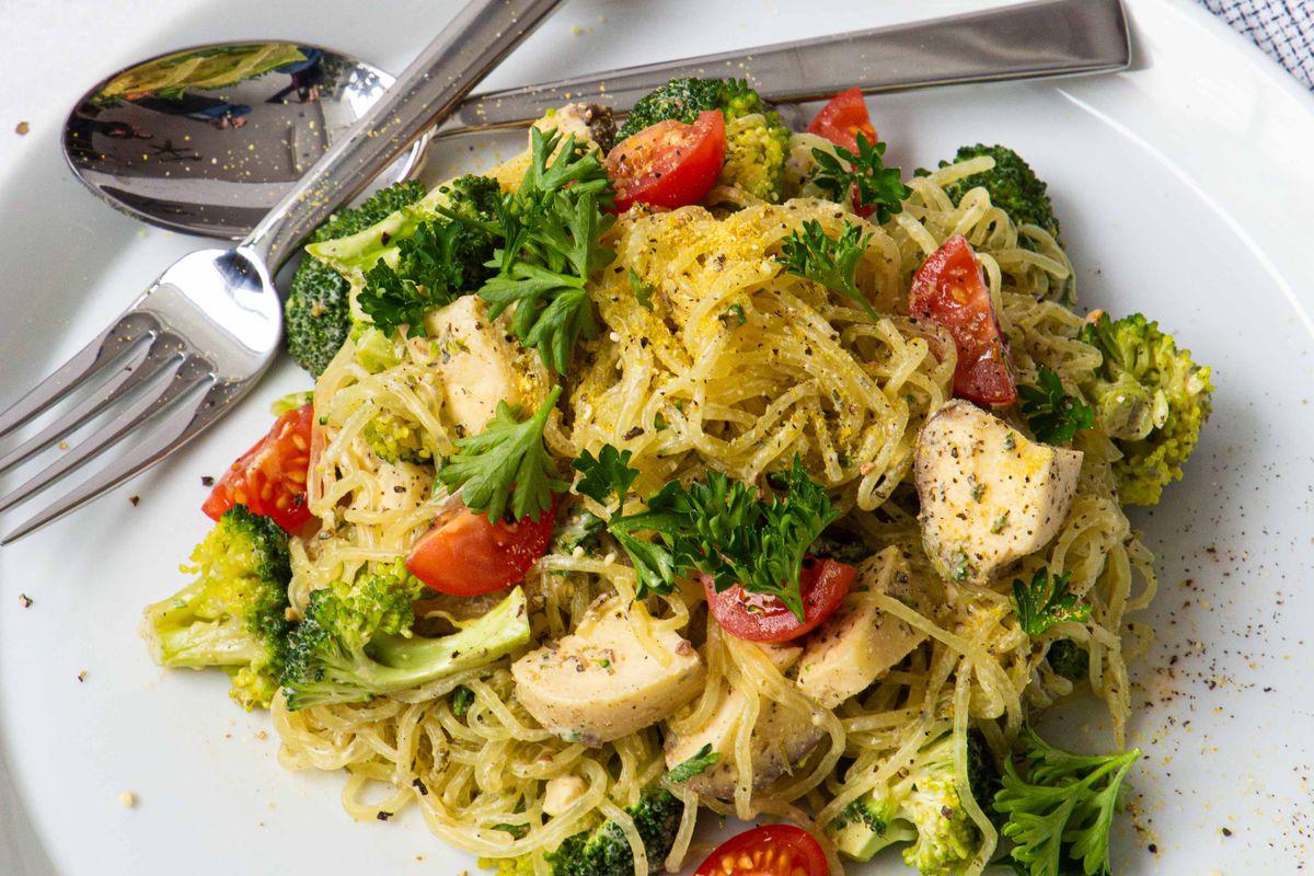 A bowl of raw, vegan cacio e pepe
