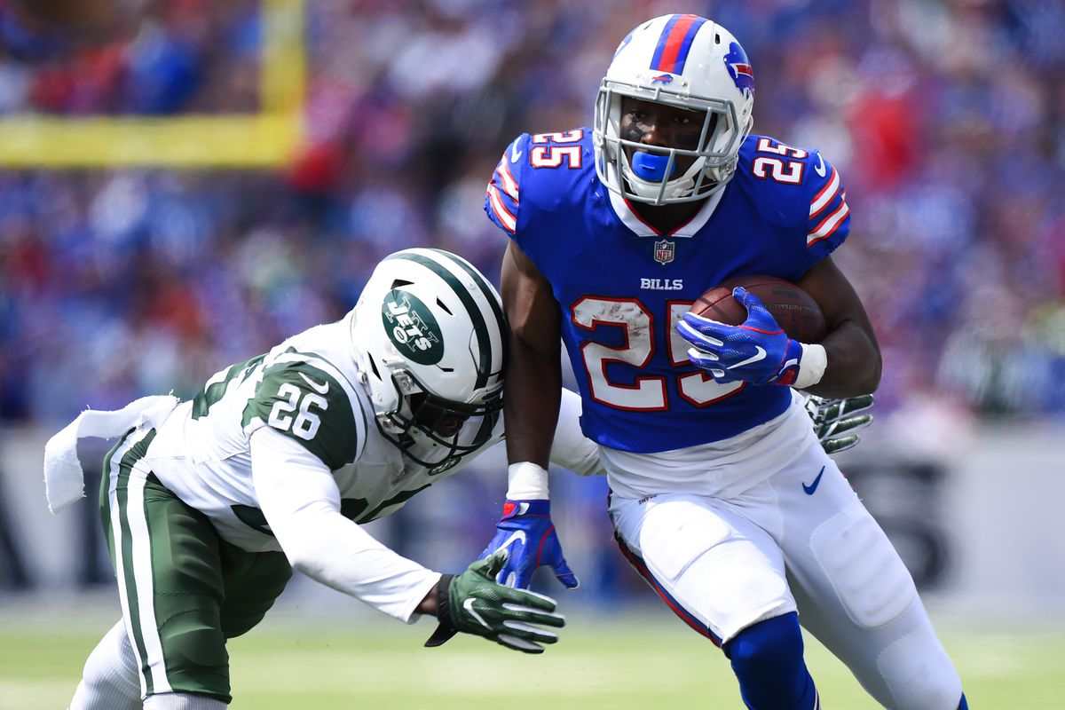 Bills vs Jets LeSean McCoy leaves game but returns following
