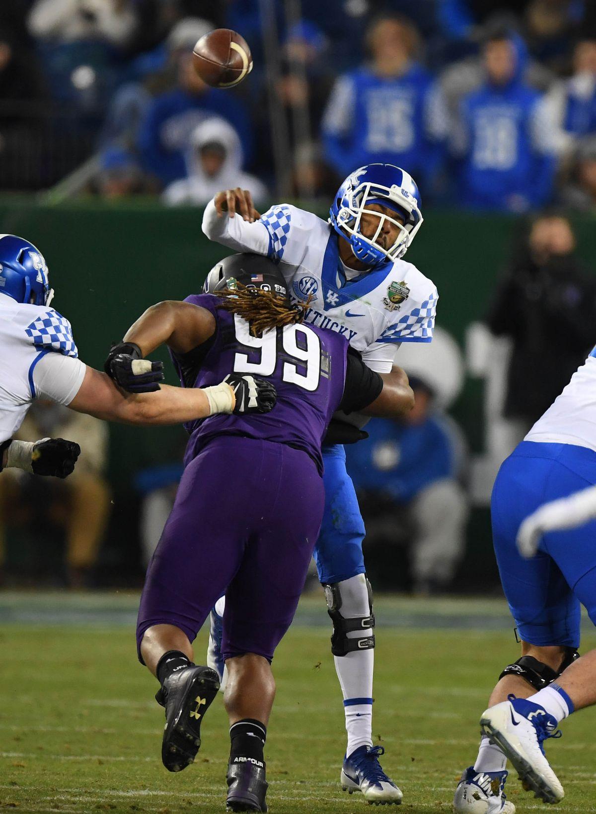 NCAA Football: Music Bowl-Kentucky vs Northwestern