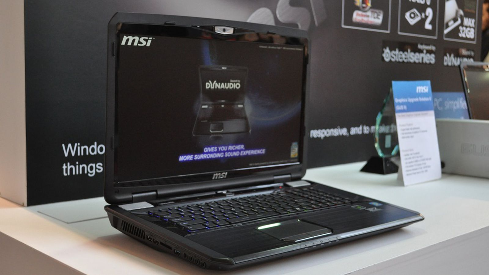 how to turn on camera on laptop msi gt60