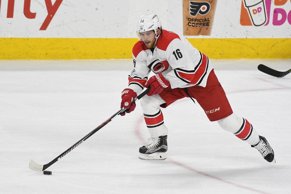 NHL: MAR 19 Hurricanes at Flyers