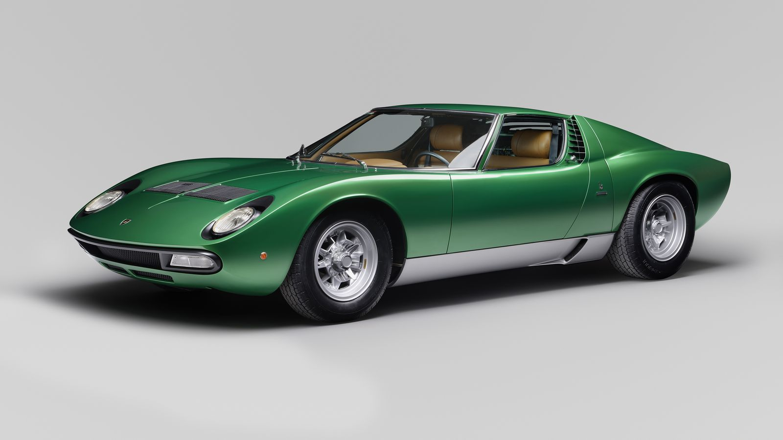 lamborghini completely restored the first miura sv for the cars 50th anniversary the verge