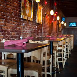 """<a href=""""http://nola.eater.com/archives/2012/06/29/heres-a-look-inside-st-lawrence-now-open-on-n-peters.php"""">New Orleans: <strong>St. Lawrence</strong>, Bar and Restaurant, Now Open on N Peters</a> [Nikki Mayeux]"""