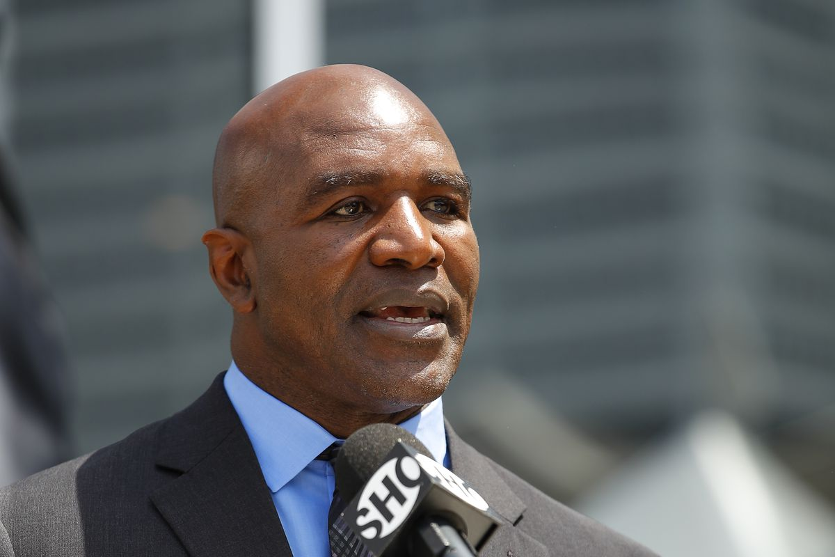 Evander Holyfield Statue Unveiled at State Farm Arena