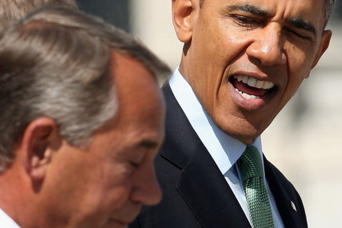 Obama doesn't look like he trusts John Boehner...