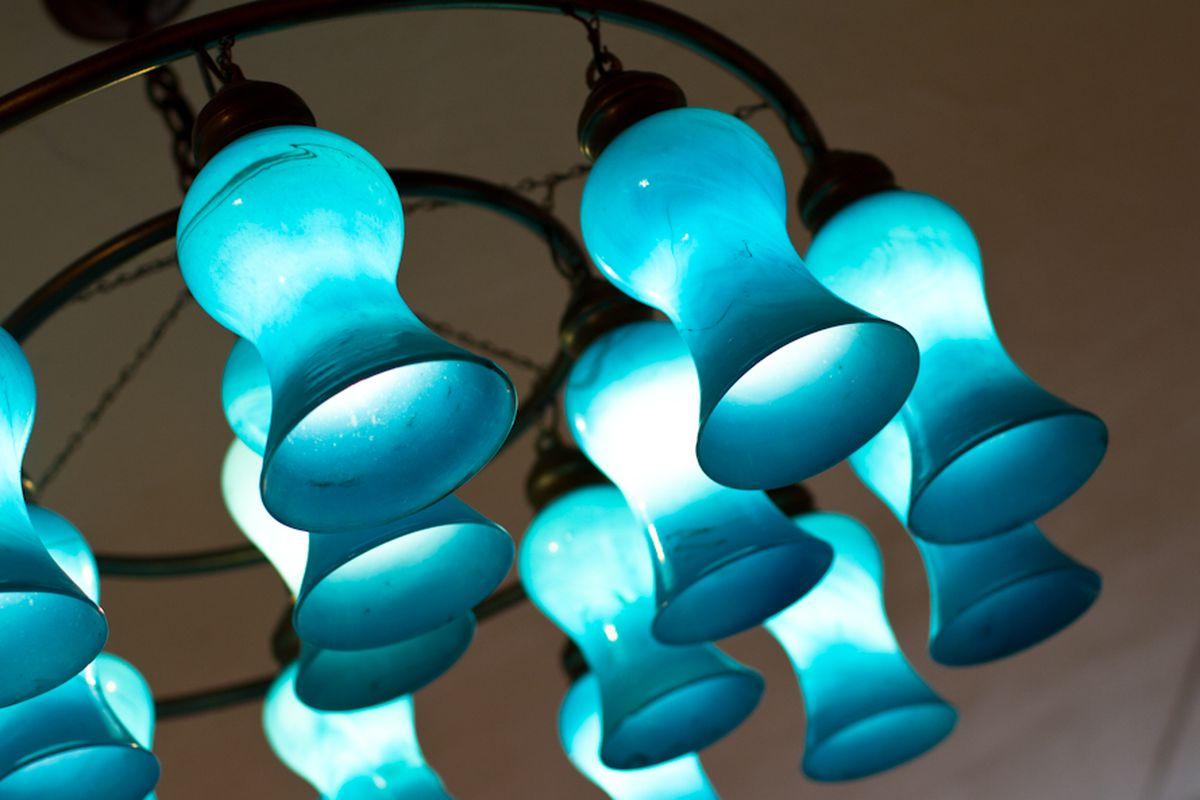 """The chandelier at Warm. Photo by <a href=""""http://www.anna-fischer.com/"""">Anna Fischer</a>"""