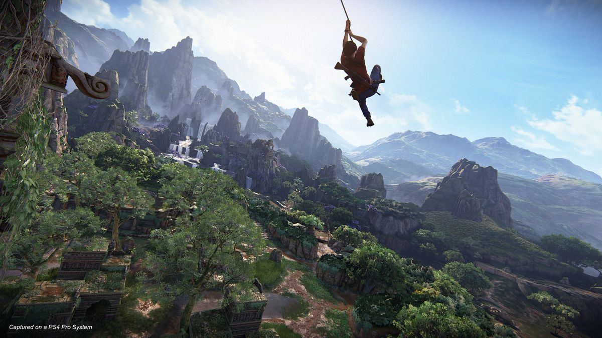 Uncharted: The Lost Legacy - Chloe swinging with grappling hook
