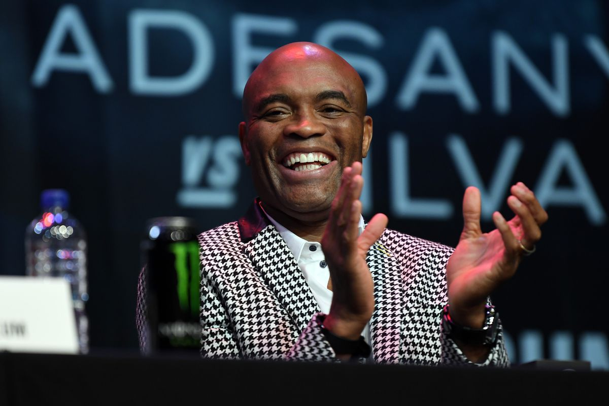 Former UFC middleweight champion Anderson Silva is reportedly in negotiations to fight Julio Cesar Chavez Jr. in a boxing match in June.