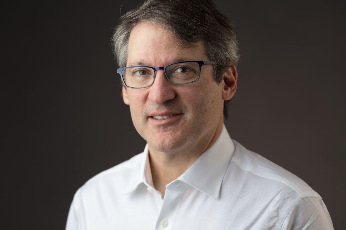 Headshot of former Amazon executive Ian Freed.
