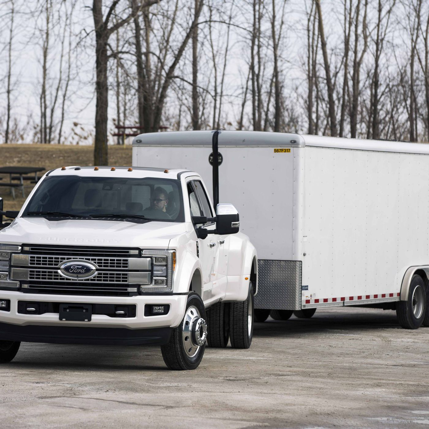 Ford Stuffed The New Super Duty Pickup Full Of Cameras To Make 2012 F250 Fifth Wheel Trailer Plug Backing A Easier Verge