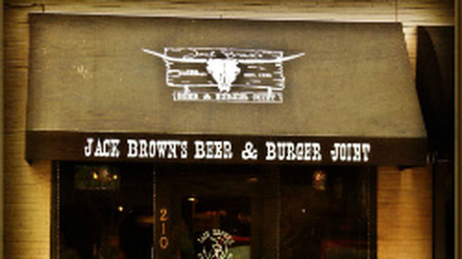 Virginia S Jack Brown S Beer And Burger Joint Expanding To