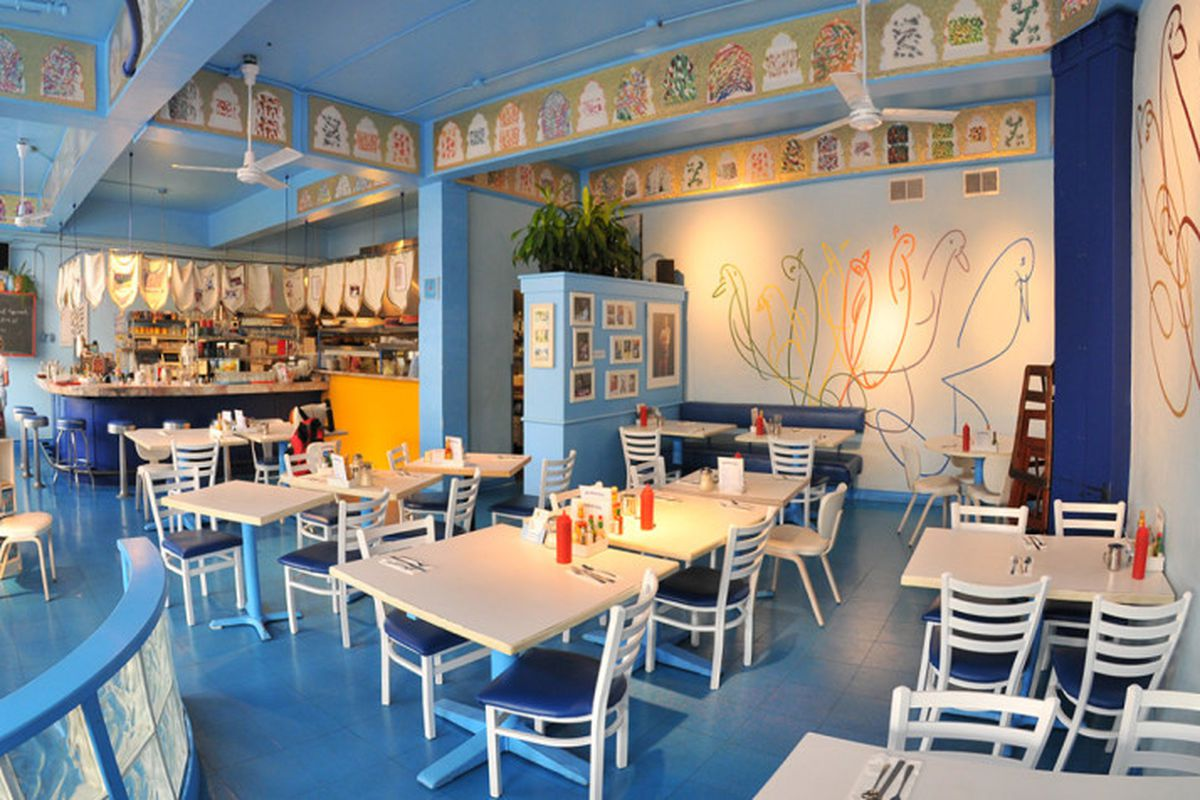 Silence Heart Nest's bright, airy dining room in Fremont.