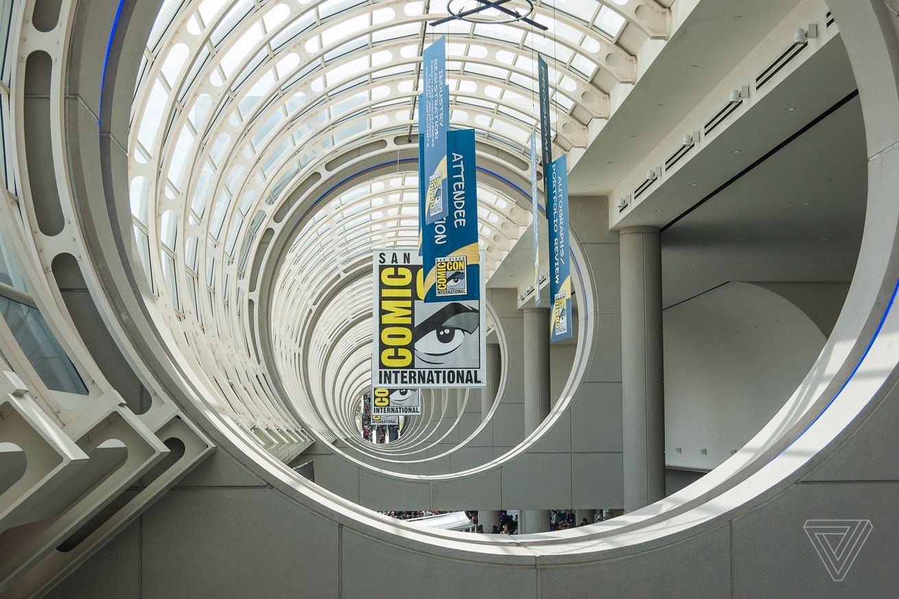 trailers previews and experiences to expect at san diego comic con international 2018