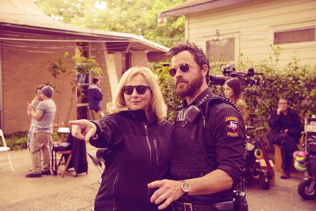 Mimi Leder and Justin Theroux (HBO/Ringer illustration)
