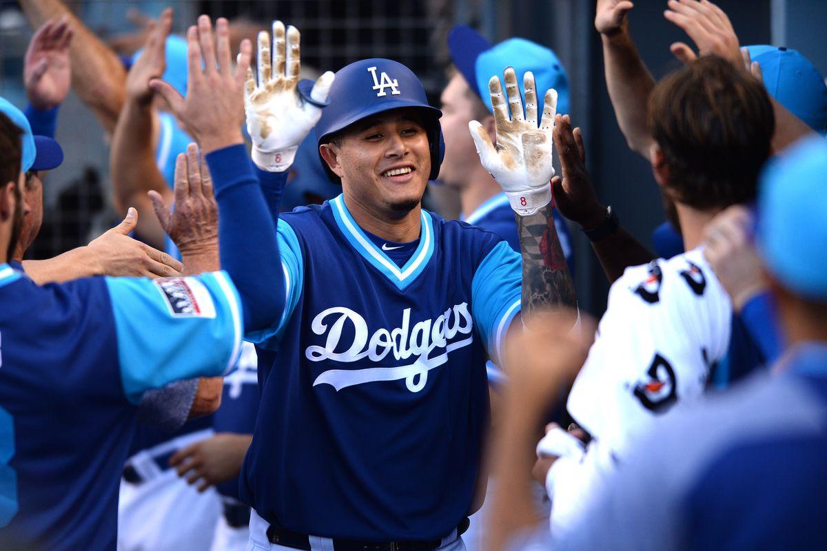 79b87ae76c8700 Dodgers vs Padres Game XVI Chat - True Blue LA