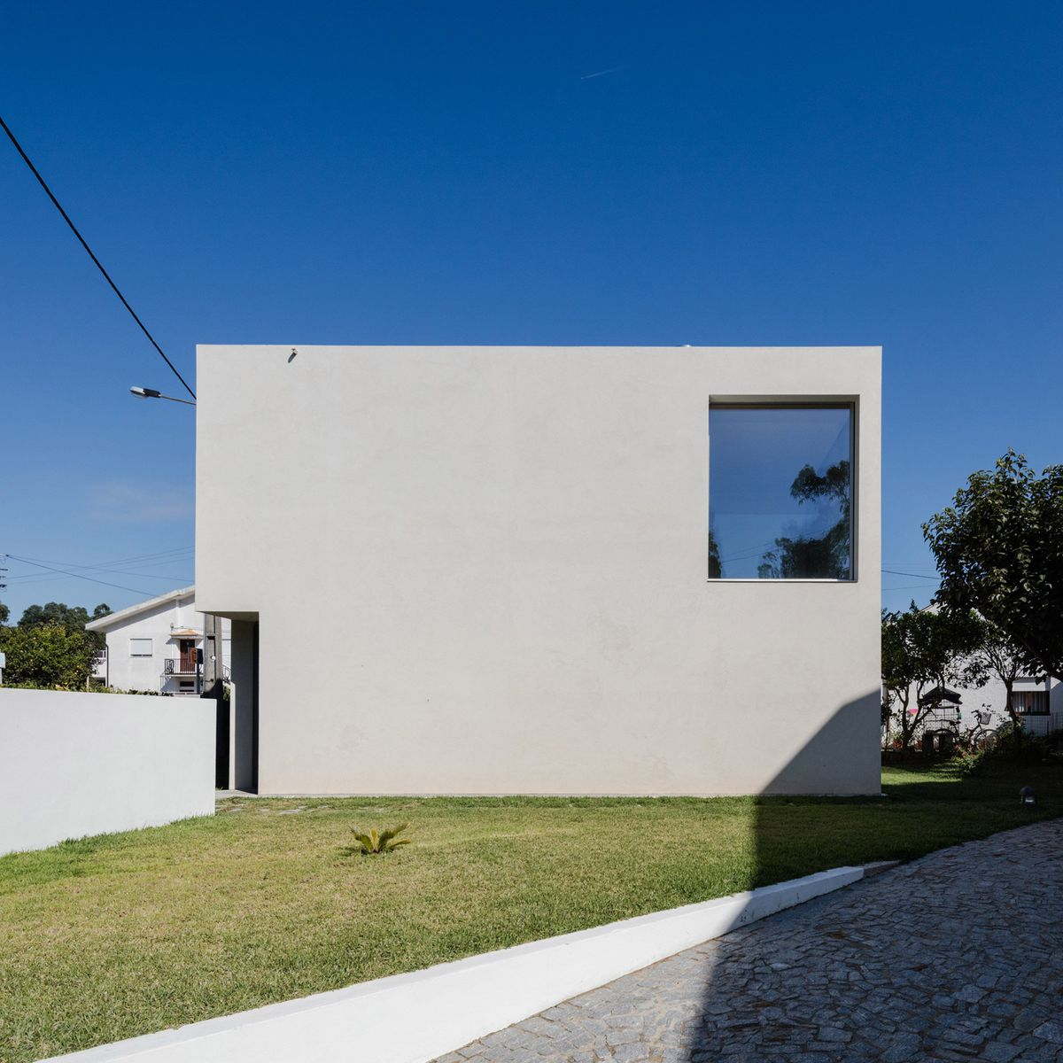 This concrete home cost only $109K to build - Curbed