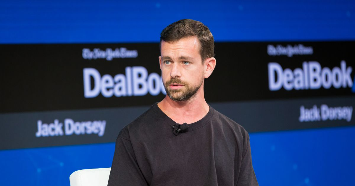 """www.vox.com: A Twitter staffer spoke out about """"failing"""" company leadership — on Twitter"""