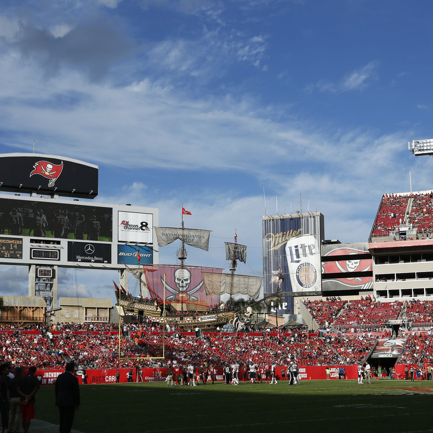 new bucs player murals go up at raymond james stadium bucs nation at raymond james stadium