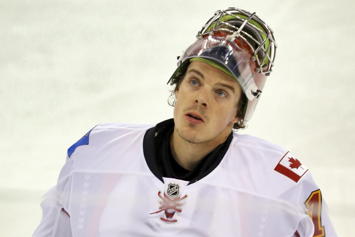 """I was going to use more of a """"lineup-y"""" picture but no Hiller is too cute in this one."""