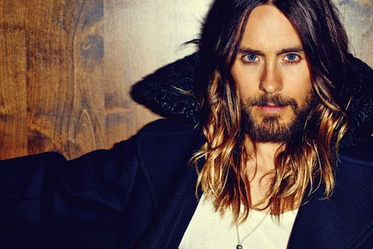 """Image <a href=""""http://fashionista.com/2014/02/jared-leto-and-his-ombre-gets-an-editorial-in-flaunt/"""">via</a>."""