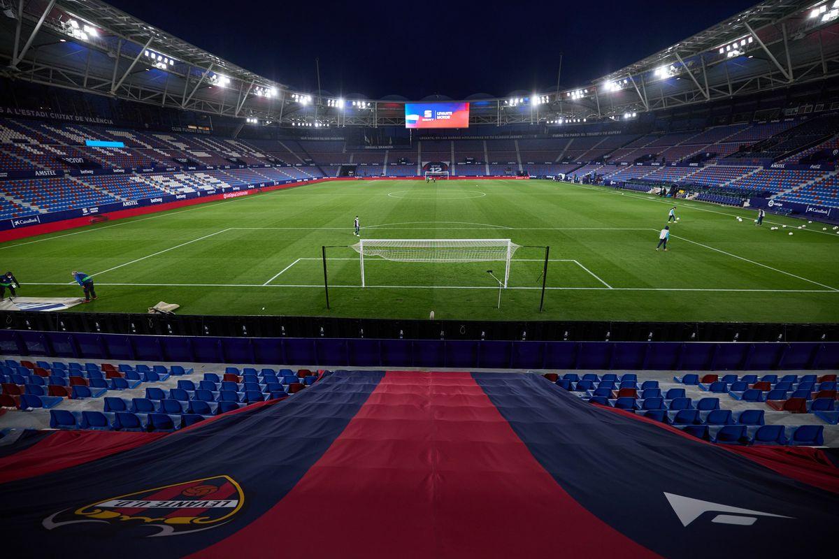 Levante UD v Sevilla FC - La Liga Santander