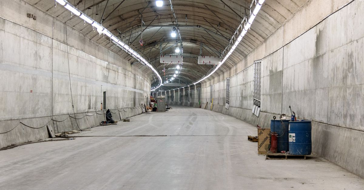 Cars For Sale In Detroit >> SR 99 tunnel begins to take shape with both roadways ...