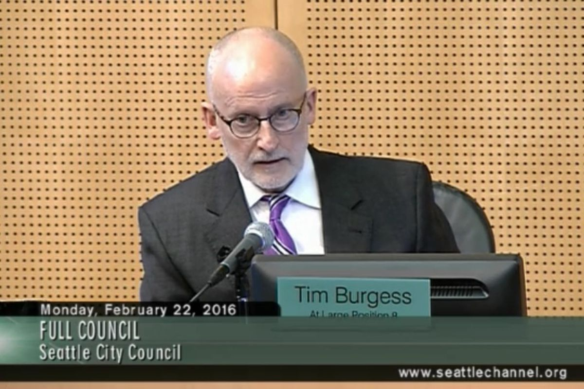 Seattle Councilmember Tim Burgess introduces a memo condemning the inaccuracies reported by Geoff Baker