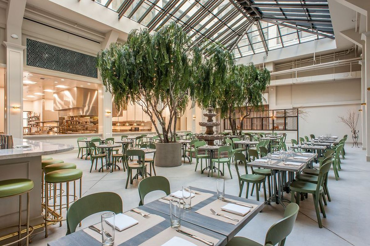 Downtown La S Lauded French Restaurant