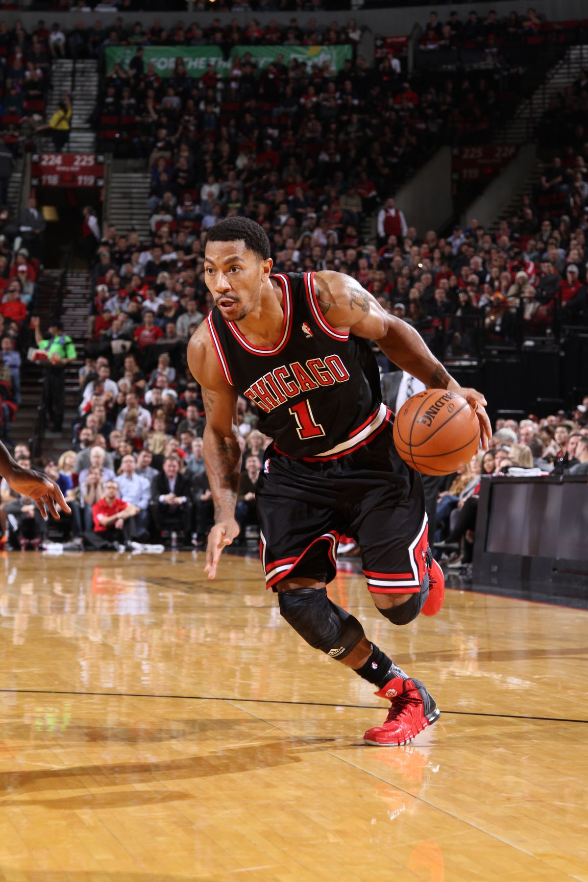 9dc463ce08c7 Derrick Rose drives to the basket against the Portland Trail Blazers on  November 22