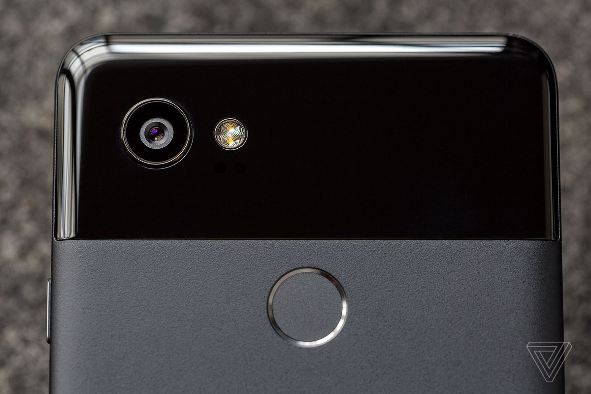 Google\'s Pixel 2 XL now $500 cheaper with Best Buy and Verizon ...