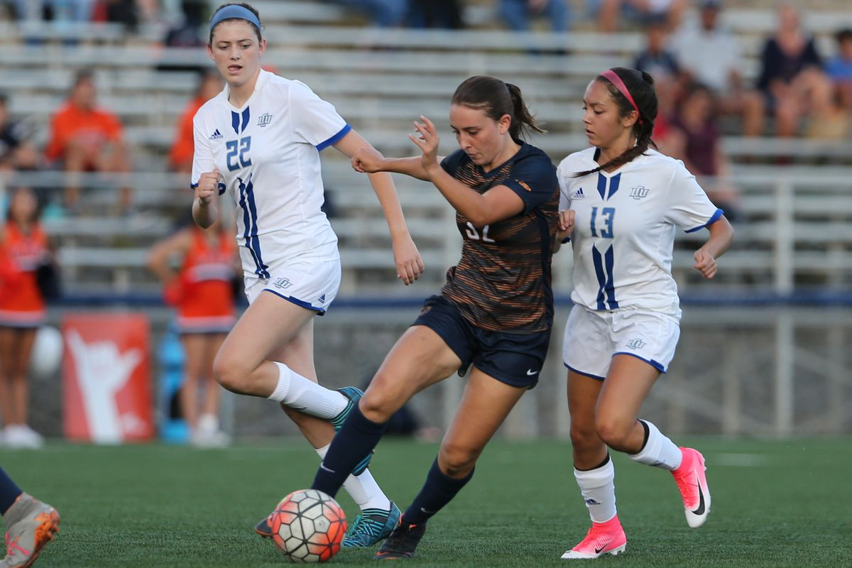 UTEP Women s Soccer Defeat Lubbock in Season Opener Game! - Miner Rush e40241921