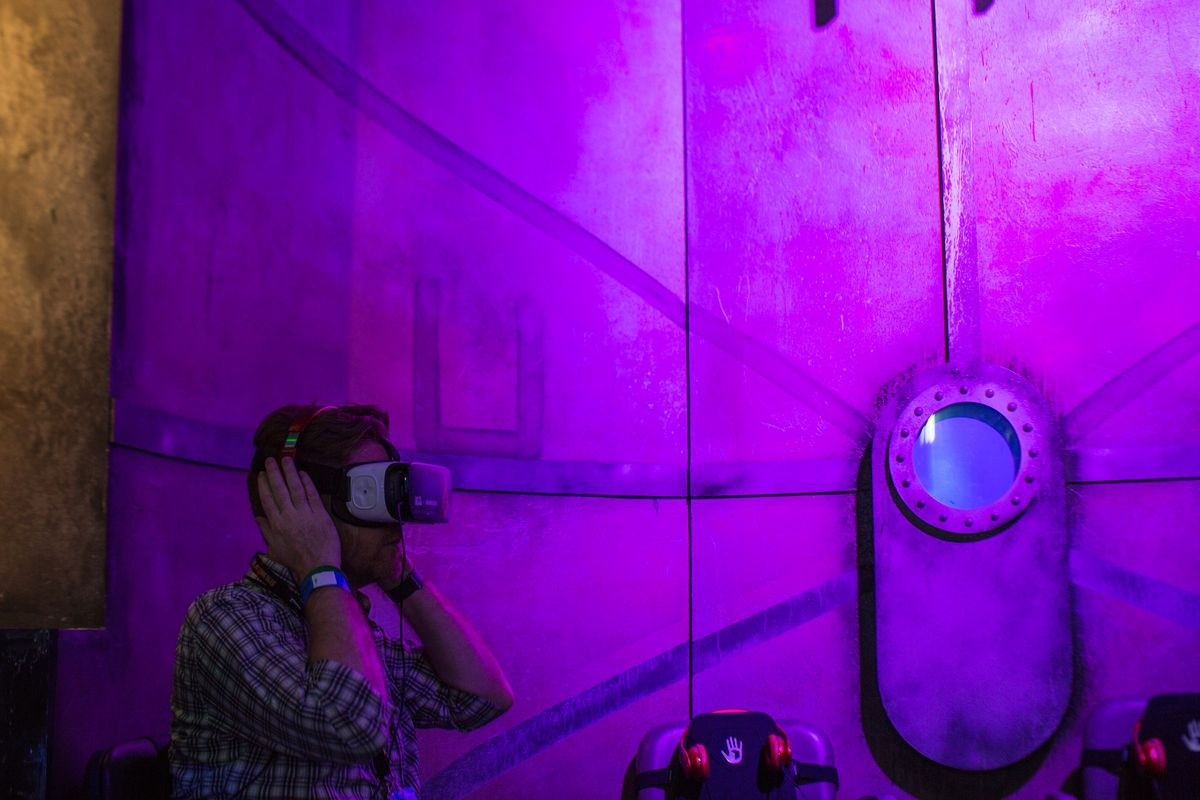The year that virtual reality took over Comic-Con - The Verge